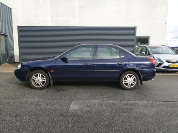 Ford Mondeo 1,8 Exclusive - billede 1