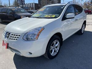 2010 Nissan Rogue SL AWD BLUETOOTH LEATHER SENSORS..MINT COND.