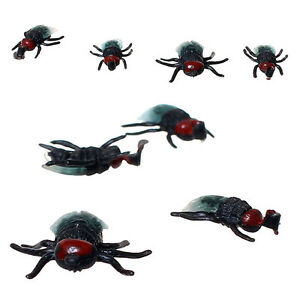 1 Pcs Simulated Fly 1/1 Scale Vivid Insect Action Figure Toy Gift Prank Trick