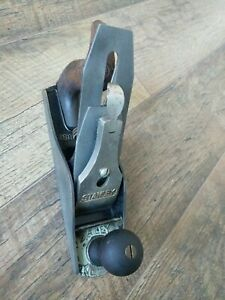 Vintage-Bailey-Smooth-Bottom-Wood-Plane-No-4-Woodworking-Hand-Tools-Stanley