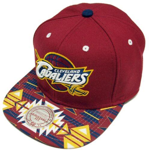Mitchell /& Ness GTECH Cleveland Cavaliers Snapback Cap eu250 Cappuccio Basecap Mens