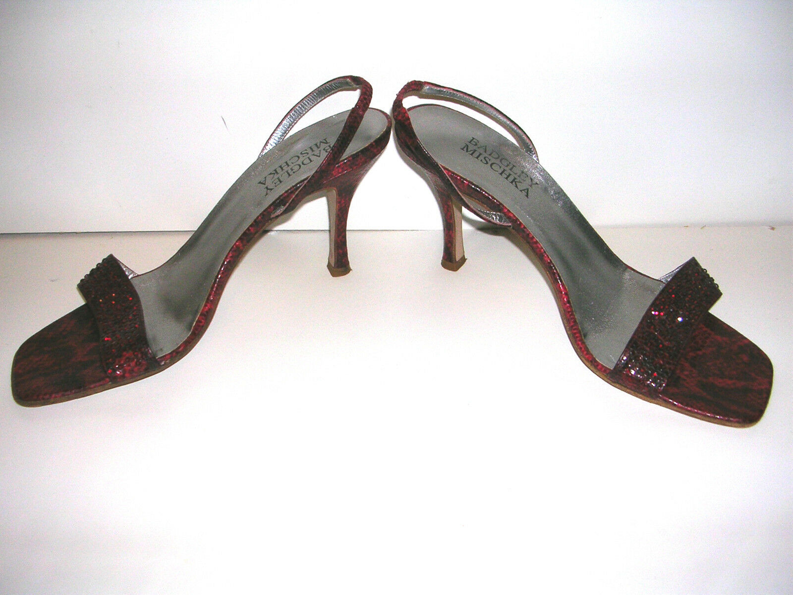 BADGLEY MISCHKA LIPSTICK RED WITH HIGH HEEL SLING BACKS WITH RED CRYSTALS SIZE 38.5 86372b