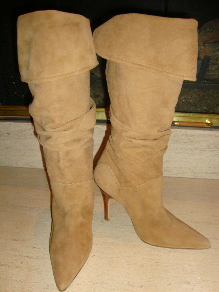 STUNNING, NEW, SOLD OUT  1,695 FOLD OVER, RUCHED TAN SUEDE MANOLO BLAHNIK BOOTS