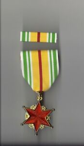 Vietnam-Wound-Full-Size-Award-medal-with-ribbon-bar-RVN