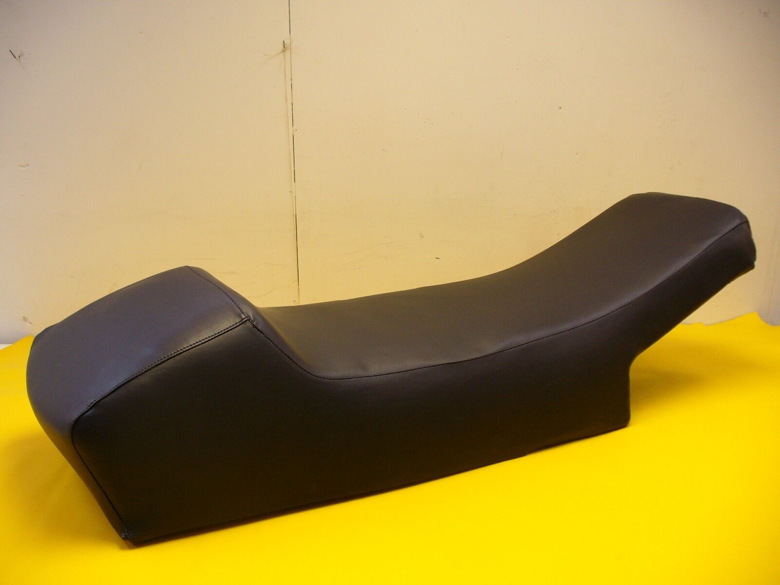 79-81 VINTAGE   SKI-DOO BLIZZARD SNOWMOBILE  SEAT COVER  NEW   the best selection of