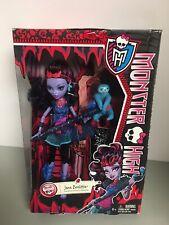 Monster High - Jane Boolittle with Needles her pet Sloth - Mattel - NEW