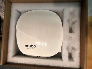 Aruba AP-325 (JW186A) 802.11ac Wireless Access Point-controller basato