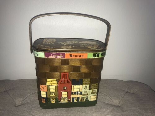 Vintage Pappagallo Woven Basket Purse with City Sc