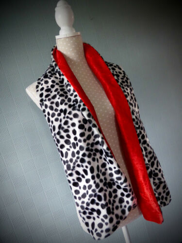 Cruella de ville stole Dalmatian print wrap black and white faux fur shawl
