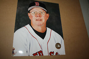 BOSTON-RED-SOX-MIKE-CUBBAGE-UNSIGNED-8X10-PHOTO-POSE-1