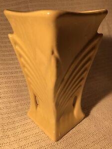 Vintage-1940s-Original-McCoy-Pottery-Yellow-Vase-Art-Deco-9-034-American-USA-Large