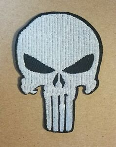 Punisher-Calavera-Logo-Parche-10-2cm-Alto