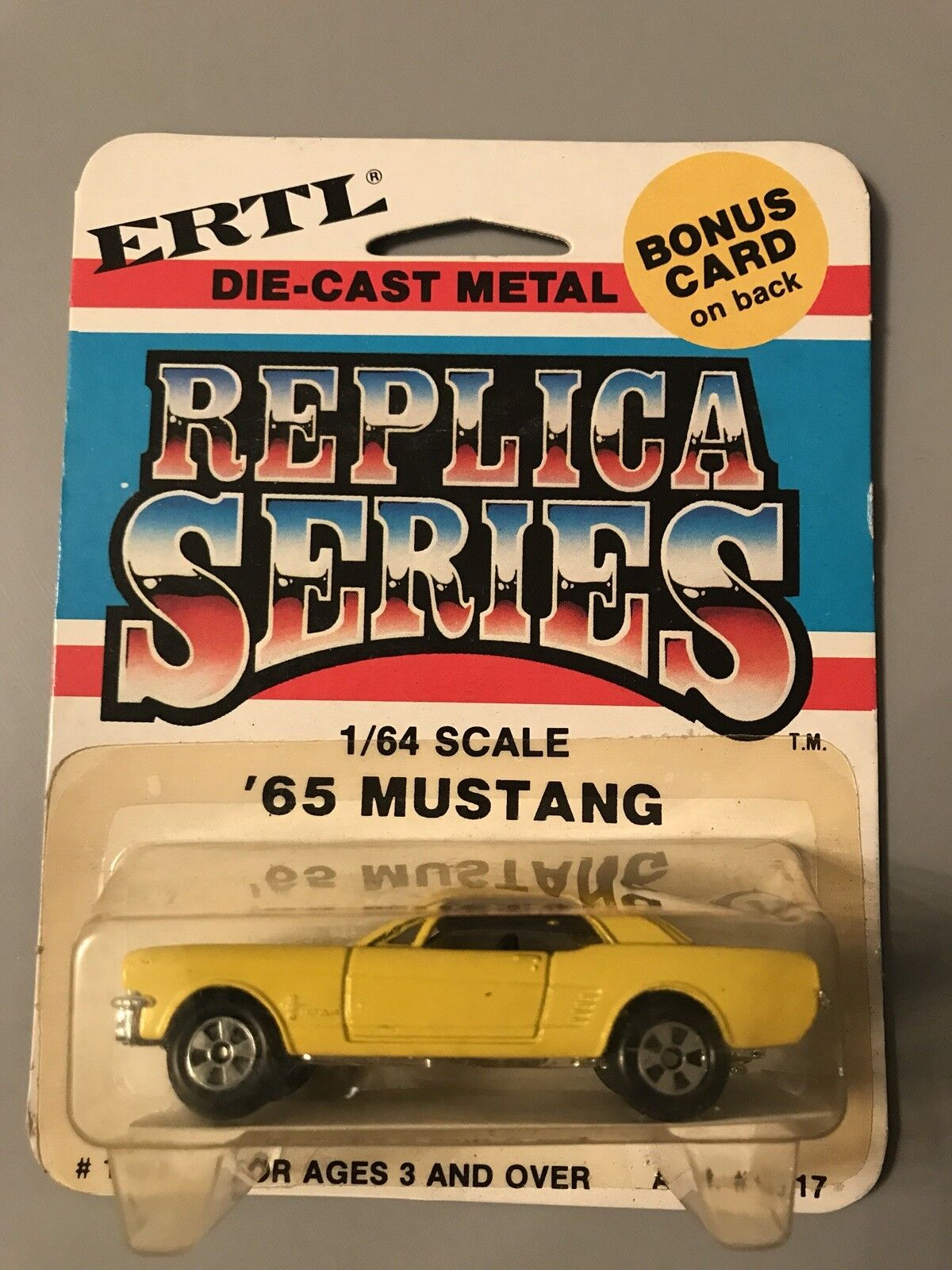 ERTL REPLICA SERIES 1 64 SCALE '65 MUSTANG ASST MADE IN 1981 BLISTER