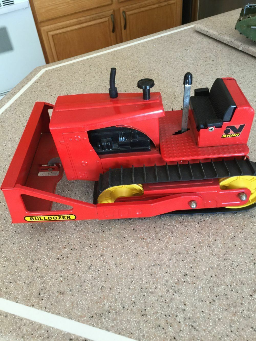 1960'S NYLINT   4200 BULLDOZER NR MINT UNPLAYED WITH IN ORIGINAL BOX