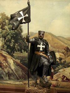 Hand-Painted-Medieval-Black-Crusader-Knight-With-Flag-Figure-Realistic-15-cm-6-034