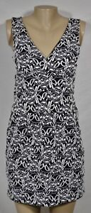 VALERIE-BERTINELLI-Black-White-Lace-Look-Dress-10-Sleeveless-Padded-Bust-Lined