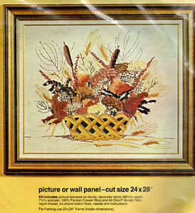 Vintage-Bucilla-Creative-Needlecraft-Kit-2383-Dried-Flowers-Picture-Wall-Panel