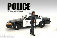 American Diorama 24031ad Figurine Police Officer For 1:24 Scale Police Car