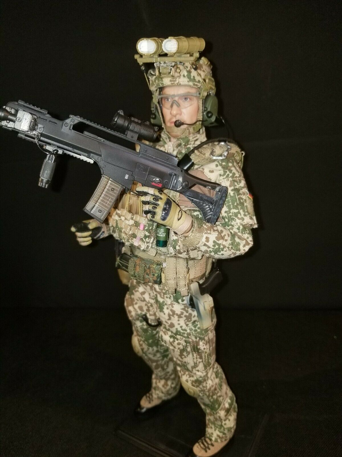 1 6 GERMAN MARINE SPECIAL FORCES AFGHANISTAN. WITH WORKING NIGHT VISION.