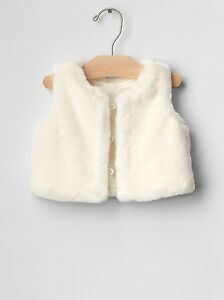 c5461ace6947 GAP Baby   Toddler Girl 18-24 Months NWT White   Ivory Faux Fur Vest ...