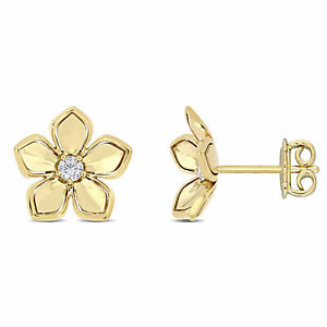 Amour 10K Yellow Gold 1/7 CT TGW White Sapphire Floral  Stud Earrings