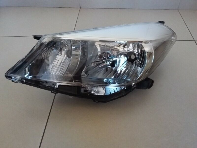 TOYOTA YARIS 2012 ONWARDS  BRAND NEW HEADLIGHTS FOR SALE PRICE :R1295 EACH