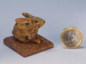 Miniaturskulptur-034-Hase-034-aus-Buchsbaum-ca-21-x-36-x-35mm