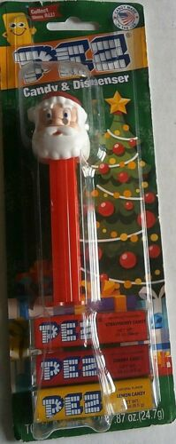 Carded CHRISTMAS Pez Dispenser  SANTA