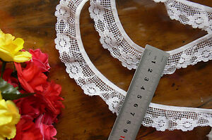 Gathered-Floral-Lace-WHITE-25-30mm-wide-6-Metre-Lengths-GaHg