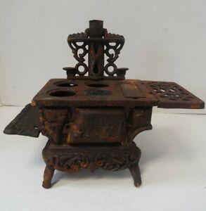 Vintage Crescent Black Cast Iron Miniature Wood Stove Salesman Sample