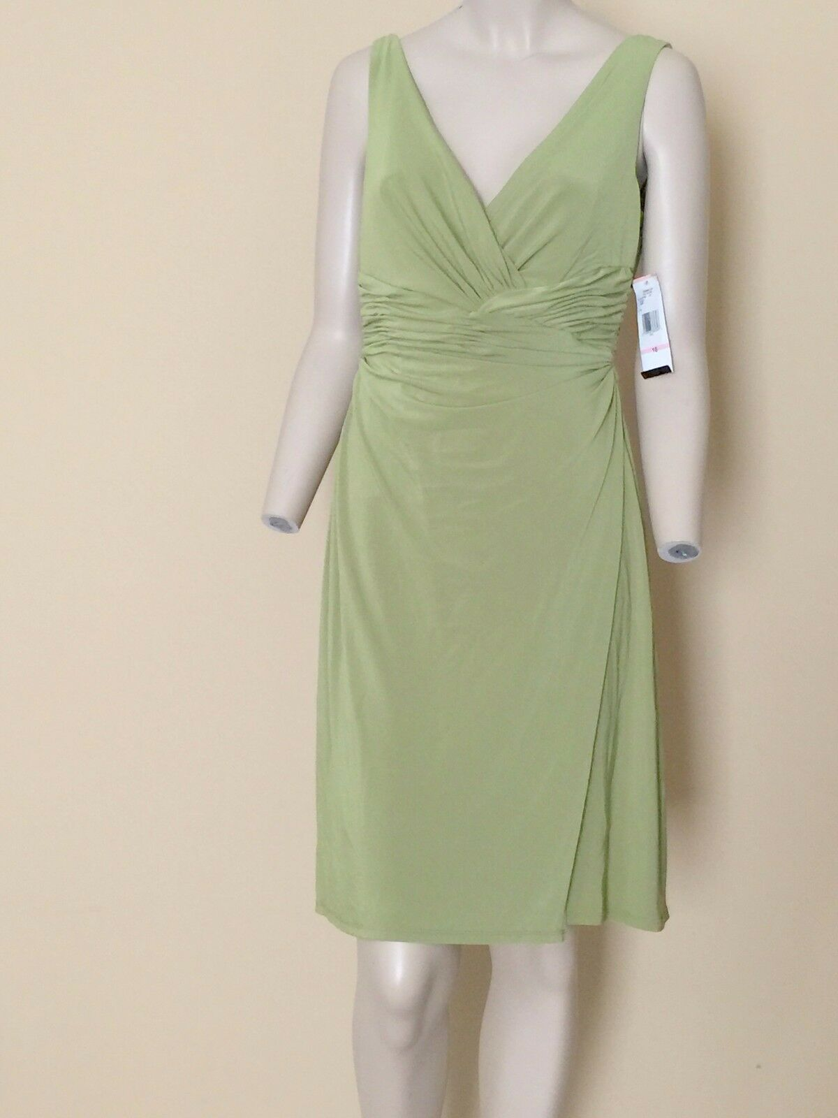 Jones New York Dress Eucalyptus Grün Sleeveless Dress 10