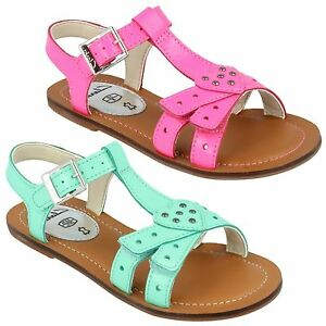 6b240cfd966e0 SALE GIRLS CLARKS LEATHER STUD HEART RIPTAPE BUCKLE SUMMER SANDALS ...