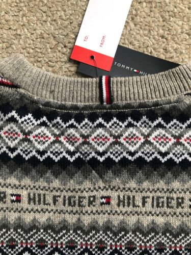 Details about  /MEN NEW TOMMY HILFIGER COLOR GRAY AND RED CHRISTMAS SWEATER SIZE LARGE MSRP $129