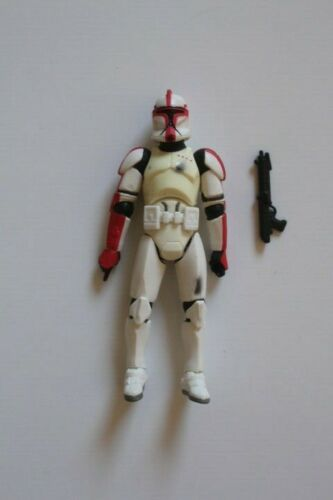 Star Wars 2004 OTC Red Clone Trooper with Battle Damage Action Figure Loose