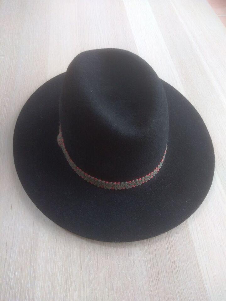 Hat, str. 56, Sort