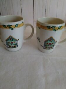 2-Vintage-Thomson-Pottery-Birdhouse-Mugs-Coffee-Tea-Cups-Birds-Hearts-Vines