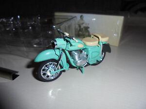 MZ-ES-250-in-hellgruen-DDR-Motorrad-Atlas-1-24-Originalgetreu-NEU-Simson