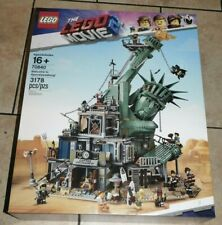 The Lego Movie 2 Welcome To Apocalypseburg 70840 For Sale Online Ebay