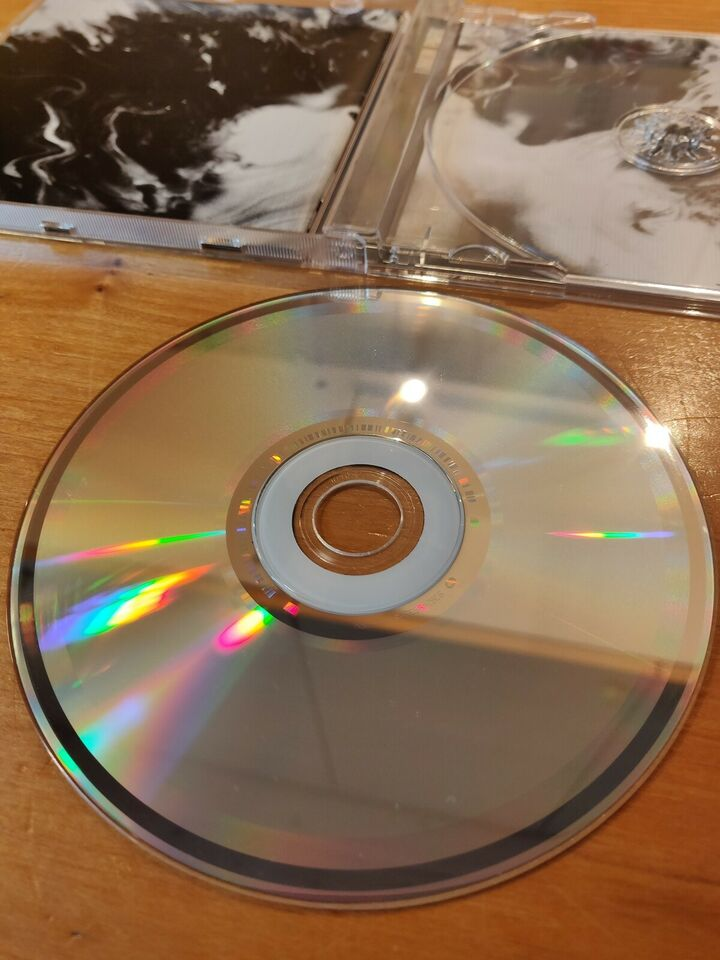 Linkin Park: A Thousand Suns, hiphop