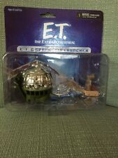 E.T. The Extra-Terrestrial Spaceship Launcher with 1-inch Micro Figure NECA