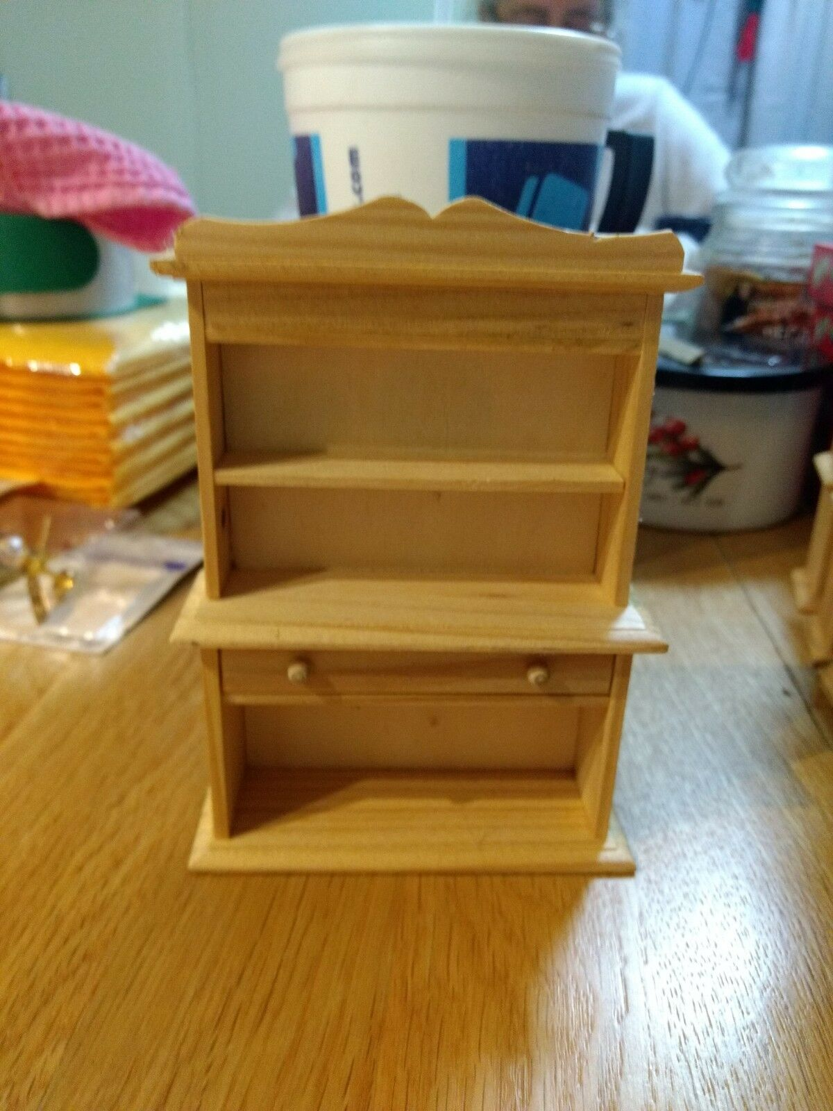 New EHI EDH6234A Wood Dollhouse Sideboard Hutch EDH6234A EHI 6d6c6f
