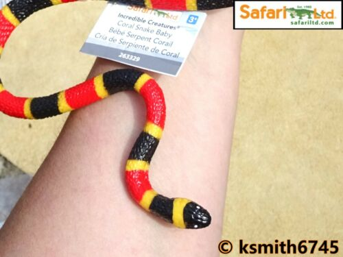 Safari CORAL SNAKE solid plastic toy wild zoo animal reptile serpent NEW *