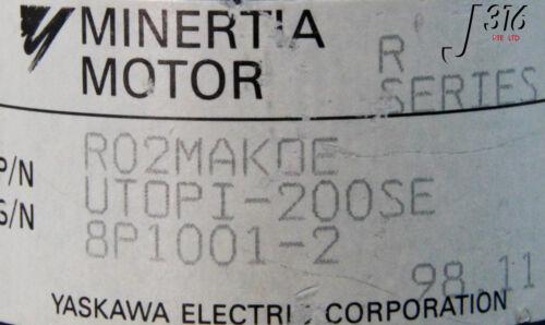 8422 YASKAWA MINERTIA MOTOR R-SERIES UTOPI-200SE R02MAKOE