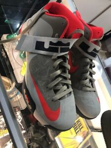 dd50d4348b6 Image is loading Nike-Lebron-James-Zoom-Soldier-6-Size-12