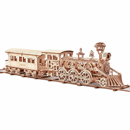Wood Trick Locomotive R17