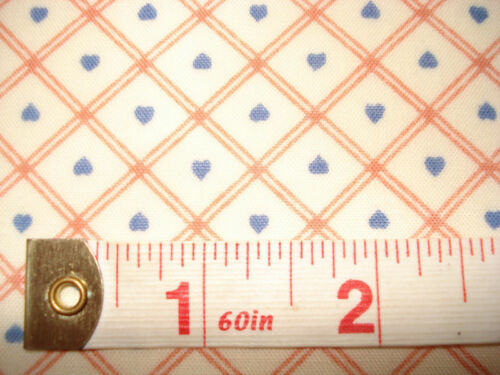 "Small 1//2 /"" Red Check w// Tiny Blue Hearts Fabric FQ"