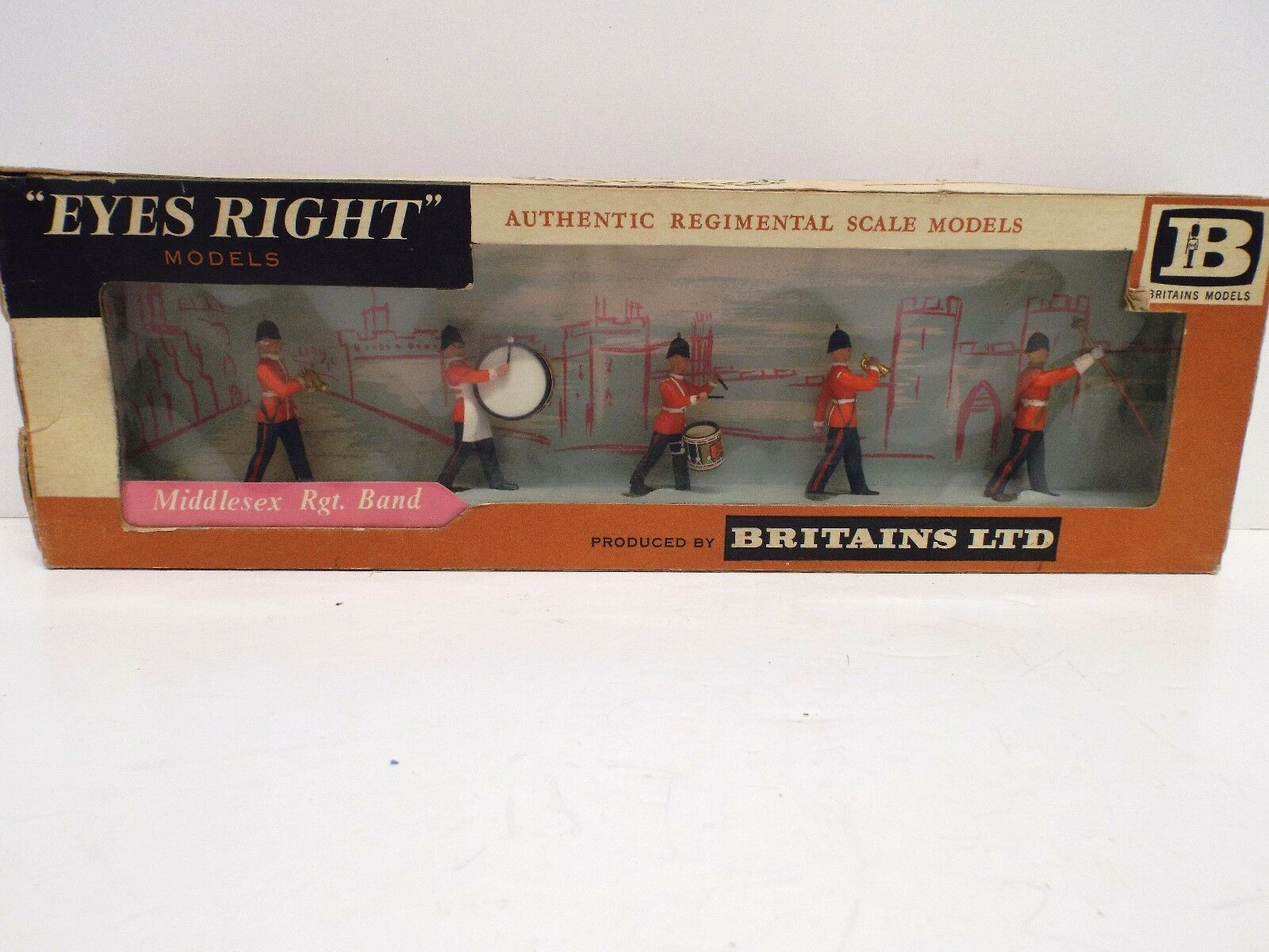 BRITAINS EYES RIGHT 7163 MIDDLESEX REG SCOTS GUARDS COLOUR PARTY BOXED (BS239)