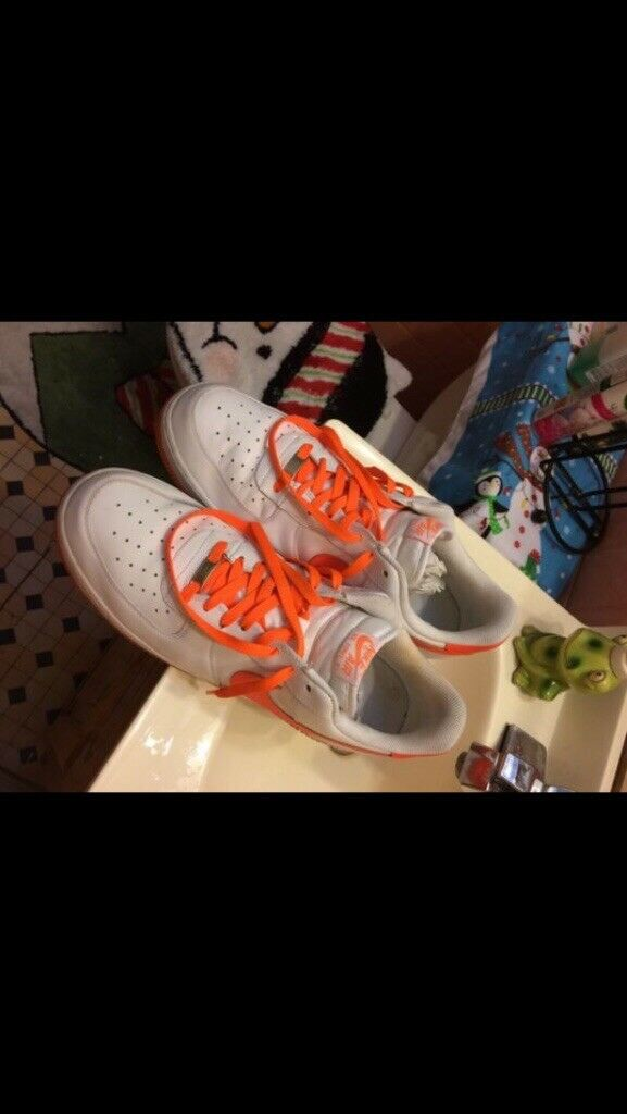 Nike Air Force 1 Low.  White w Orange  Good Condition