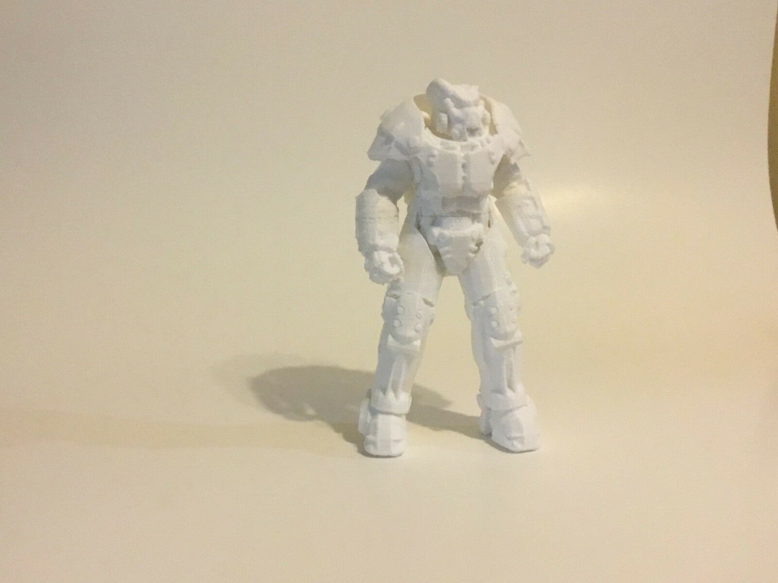 X-01 macht die statuette, 9 zentimeter,  3d - gedruckte fallout, nicht gemalt.