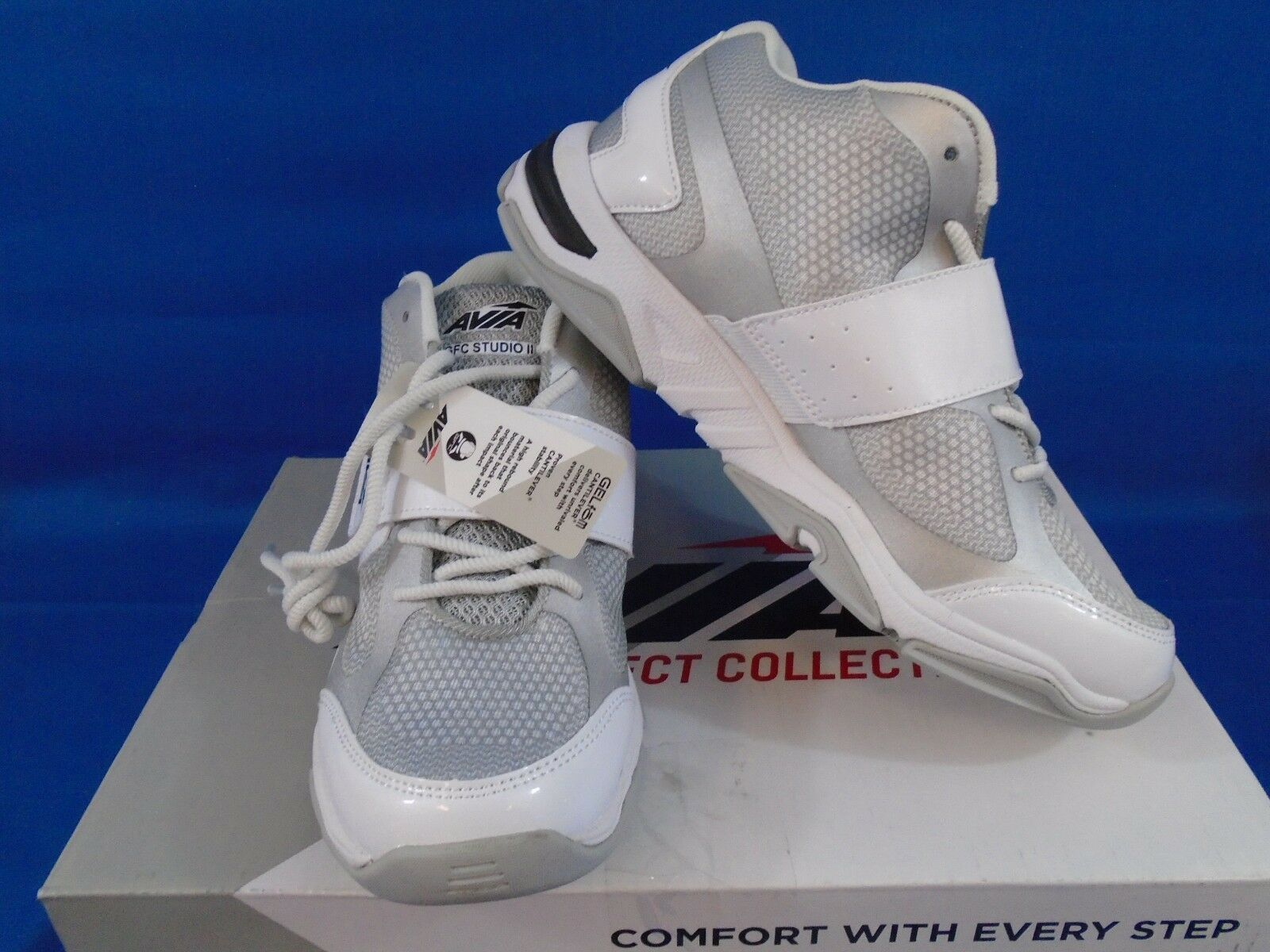 Women's Avia GFC Studio II A1469WWSX White/Silver/Black Shoes Size 6M